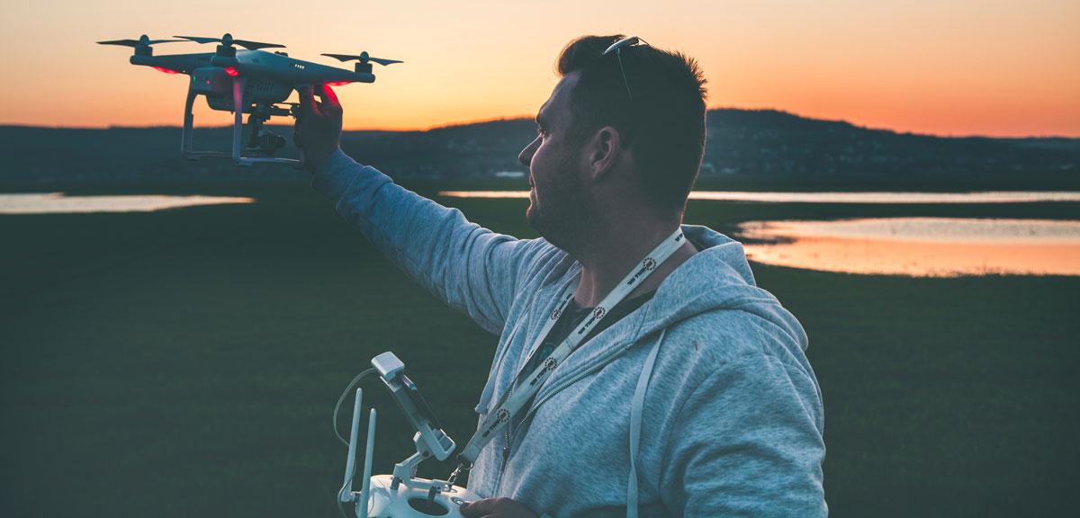 drone guia do iniciante - Como pilotar um drone: guia do iniciante